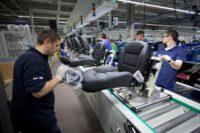 Bez języka Czechy praca na produkcji foteli samochodowych od zaraz w Kvasinach